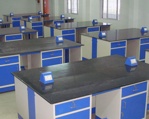 Laboratory Furniture Manufacturers in Chennai